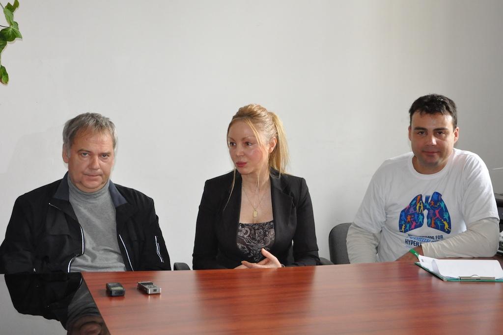Стефан Тамбуев, д-р Мариана Симеонова, Тодор Мангъров